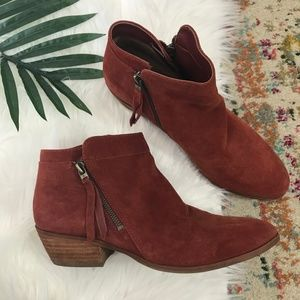 Antho • Suede Ankle Booties